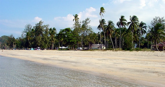 The beach of Air Papan